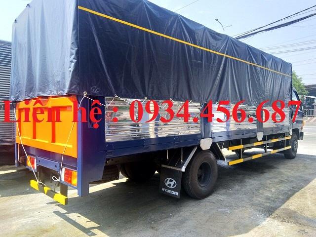 Xe 8 tấn Hyundai HD120sl chở bình ga