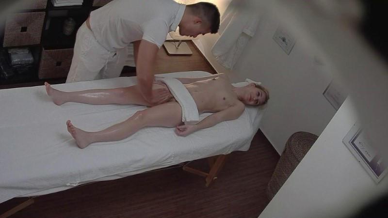 Czech Massage 287
