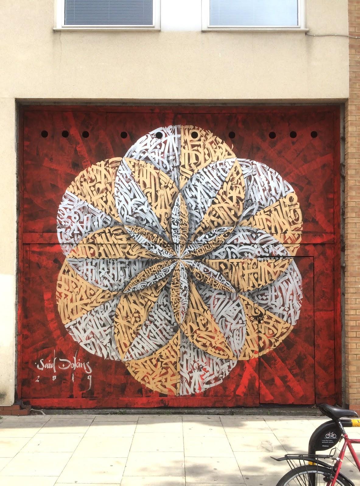 La caligrafía completa de Said Dokins en su nuevo mural de Londres. Street Art