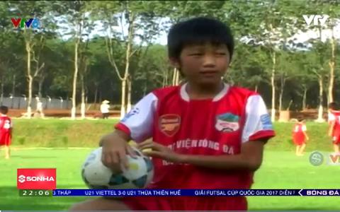 Lương Xuân Trường với niềm đam mê bóng đá từ nhỏ