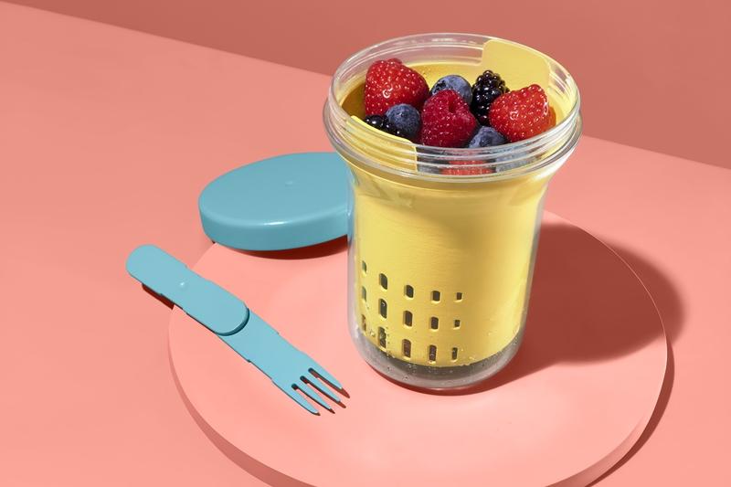 Meyve ve salatanın tadını dışarda çıkarın