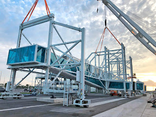New Passenger Gangways Arrive at the port of Miami and Canaveral - Photo Adelte