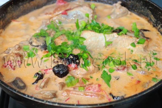 рецепт свиных ребрышек с грибами и черносливом с пошаговыми фото