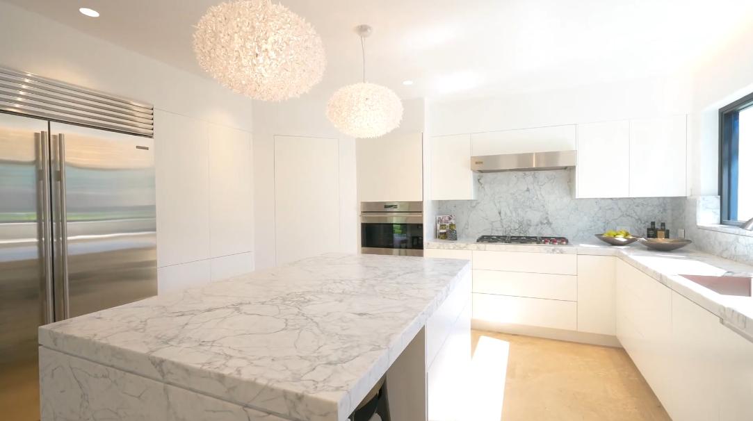30 Photos vs. 69 Bulkara Rd, Bellevue Hill, NSW Interior Design Luxury Home Tour