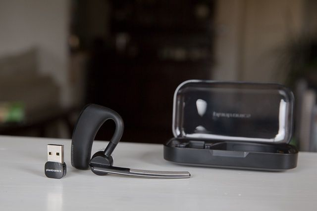 Daftar Headset Bluetooth Plantronics Terlaris