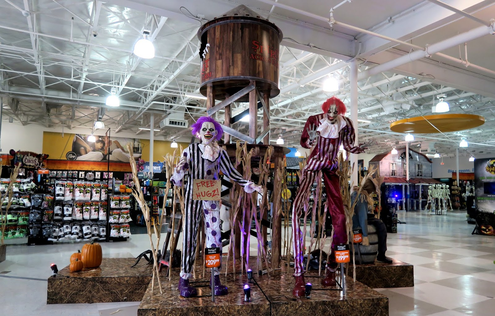 the Annandale Blog: Halloween stores open in Mason District