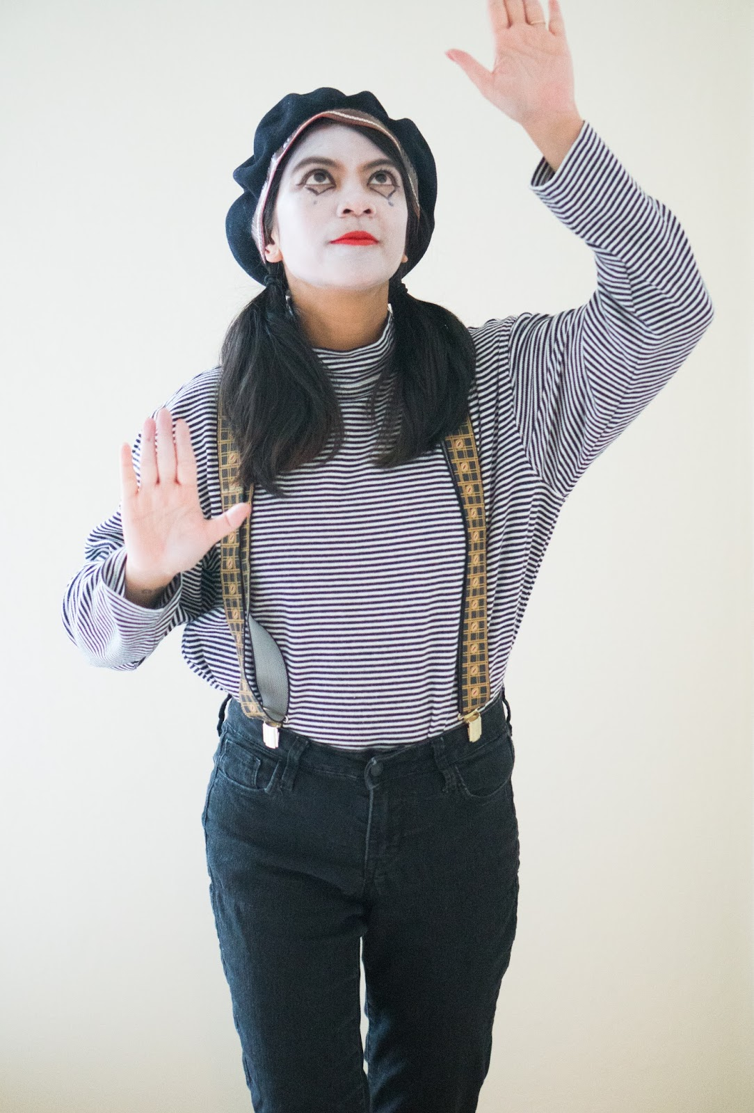 halloween, halloween costume, thrifting, thrift store finds, portland blogger, portland fashion and lifestyle blogger, mime, mary poppins, scarecrow