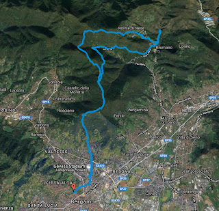 Another view of hiking trail from Bergamo to the Buche di Nese.