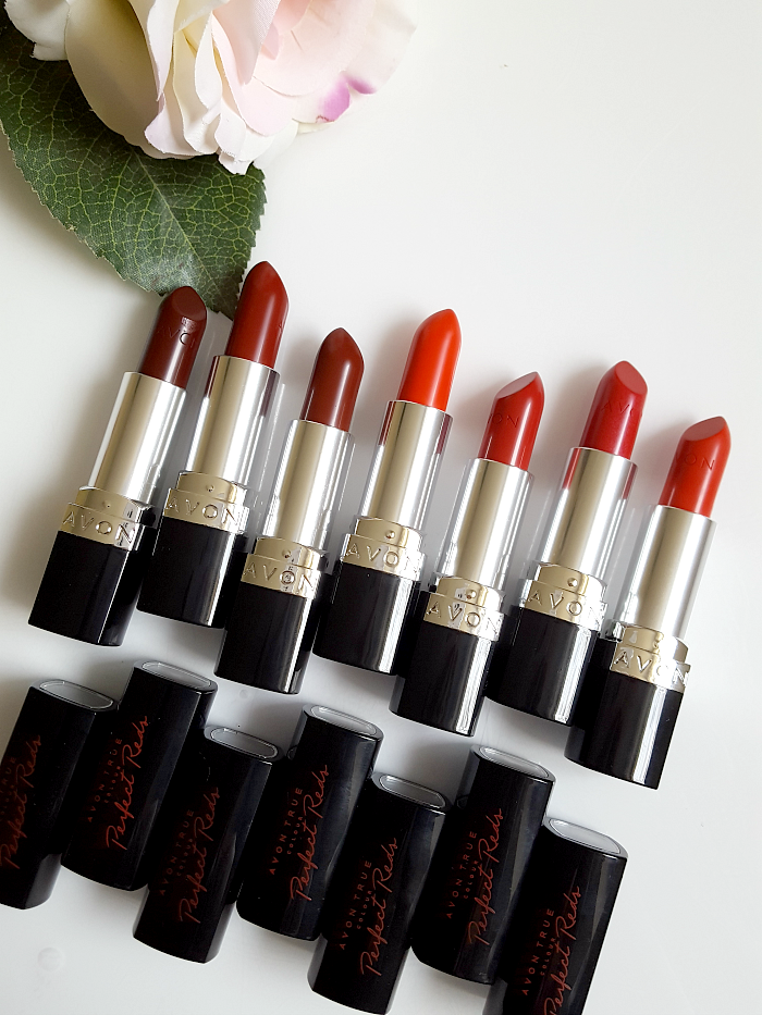 Review & Swatches: AVON True Colour Perfect Reds Lippenstift - 3.6g - je 10.- Euro
