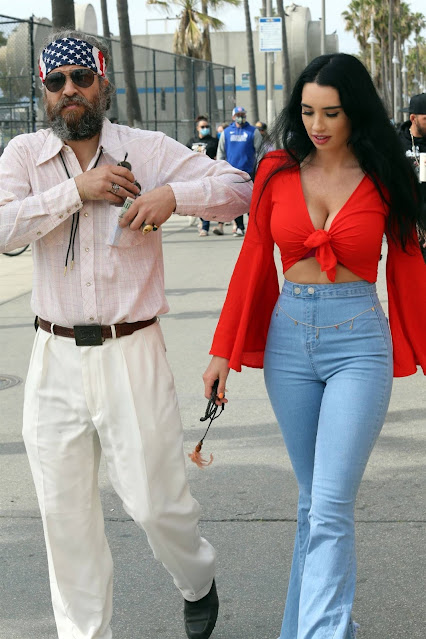 Paris Dylan – is seen out on Venice Beach
