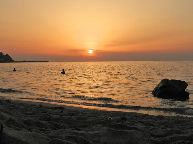 tramonto spiaggia briatico