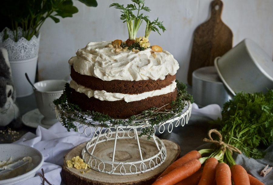 tarta-de-zanahoria-con-frosting-de-queso-y-mascarpone