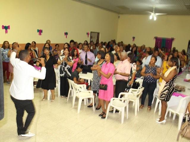 San Juan: Maestros Cristianos festejan su día