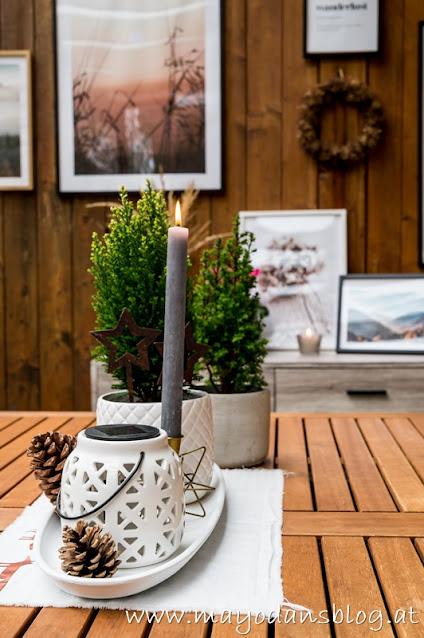 Adventsdekoration im Wintergarten
