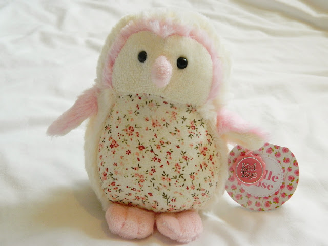 Owl plushie, pretty plushie,