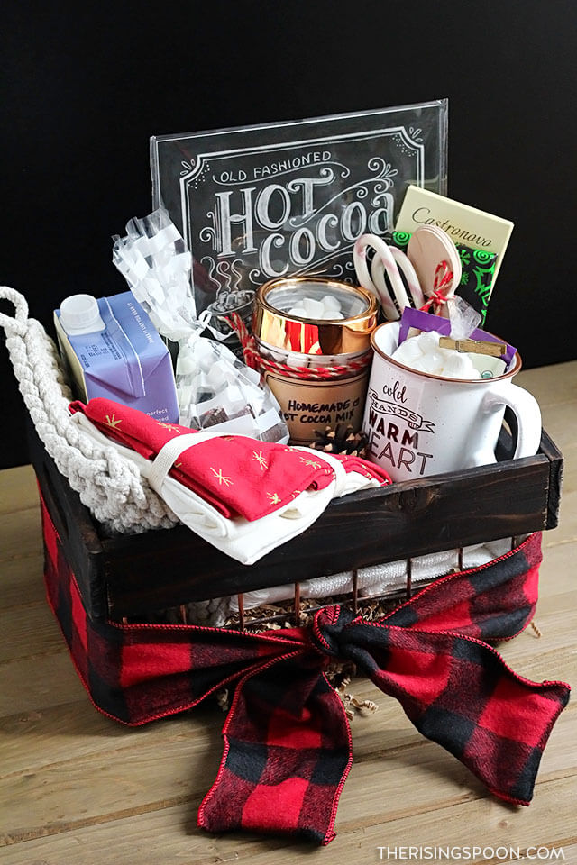 Homemade Hot Cocoa Gift Basket (Fun & Easy Idea)