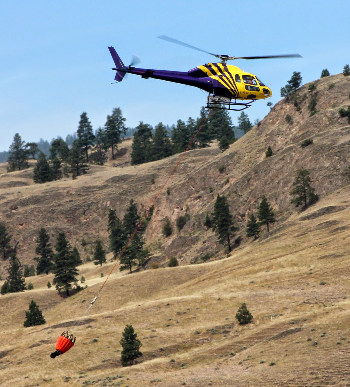 fire fighting helicopter in Penticton