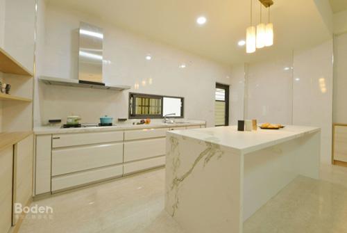 彰化業主從毛胚屋就請博登規劃開放式廚房及櫥櫃設計。