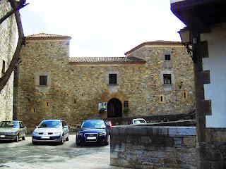 Salas, palacio de Valdés Salas