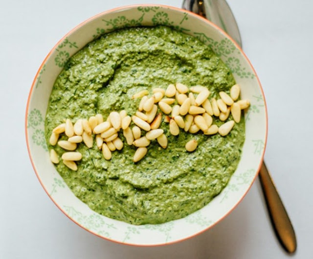 Simple Vegan Pesto #vegan #recipes