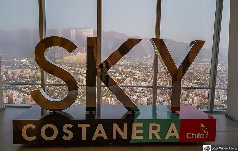 Letreiro do Sky Costanera: mirante mais alto da América Latina