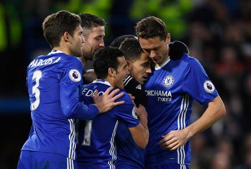 Chelsea FC Eden Hazard Celebrates With teammates