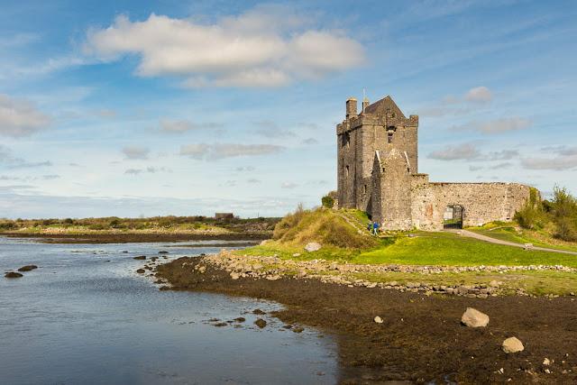 Castillo Dunguaire en Irlanda