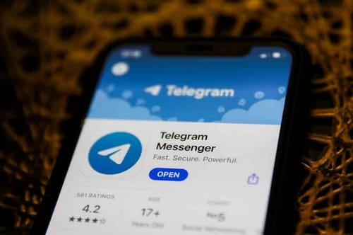 Telegram to start a group video call in May