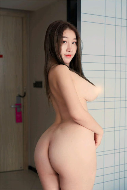 Hot and sexy topless nude photos of beautiful busty asian hottie chick Chinese babe model Wang Jingyao naked photo highlights on Pinays Finest Sexy Nude Photo Collection site.