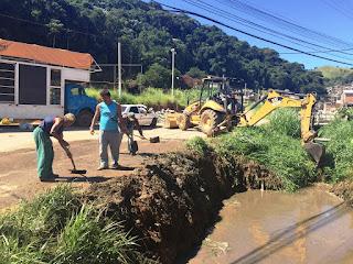Prefeitura de Teresópolis desobstrui rio na Quinta Lebrão
