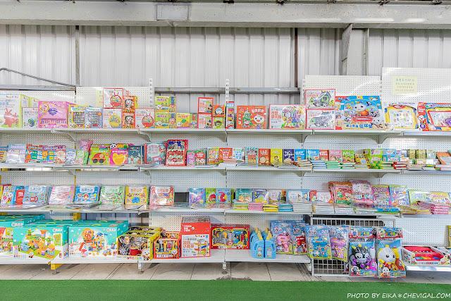 MG 6643 - 熱血採訪│台中玩具150坪批發超市人超多,限定小丑與魔術表演入場直接請你看!