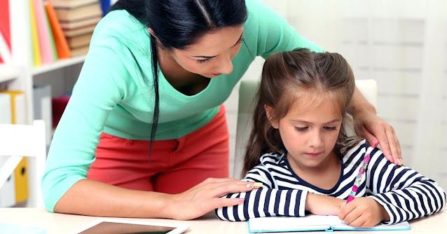 Πτυχιούχος αγγλικής γλώσσας και φιλολογίας παραδίδει ιδιαίτερα μαθήματα