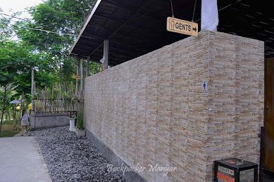 Air Terjun Kanto Lampo mempunyai fasilitas toilet