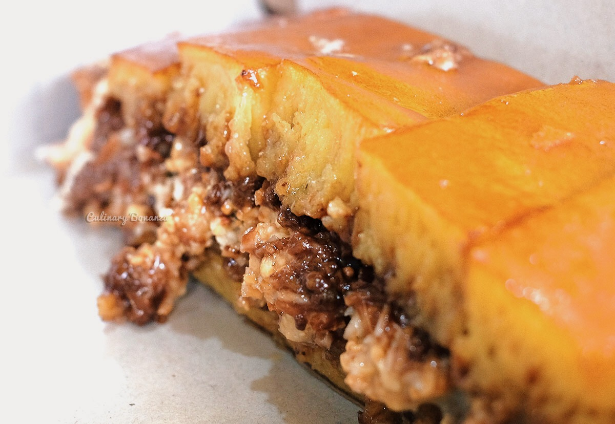 Martabak-Indonesians-all-time-favourite-yet-so-sinful-dessert-supper-(www.culinarybonanza.com)