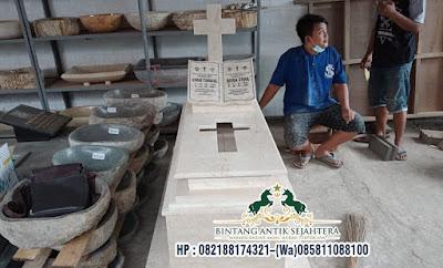Makam Katolik Perjamuan, Kijingan Kuburan Marmer
