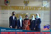 Mahasiswa Fakultas Syariah IAIN PKL Perdana di DPRD Jember