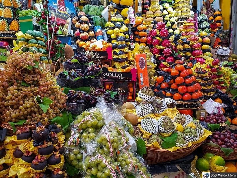 Variedade de frutas no Mercado Municipal de de São Paulo: o que fazer