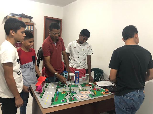 Gimnasio Cerromar de Riohacha: VI Feria de Ciencias, ¡éxito total!