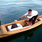 Demi Seleksi TNI AL, Anak Nelayan di Maros Berlayar Pakai Perahu Tradisional