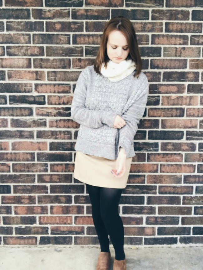 Sweater & Suede | Thanksgiving Outfit