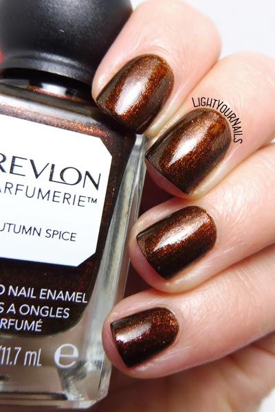 Smalto Revlon Parfumerie Autumn Spice nail polish #nails #smalto #revlon #lightyournails #fall