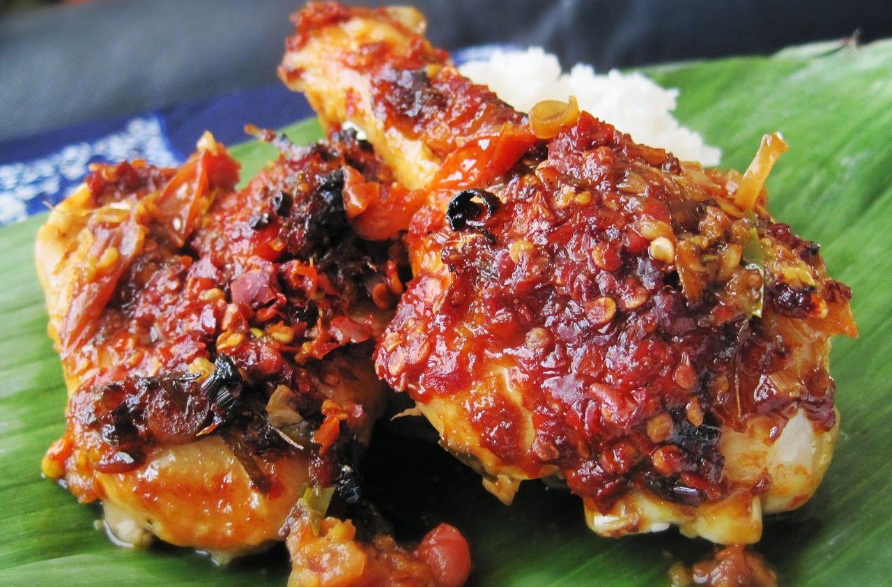 Resep Ayam Bumbu Bali Pedas (indonesianfoods313.blogspot.com)