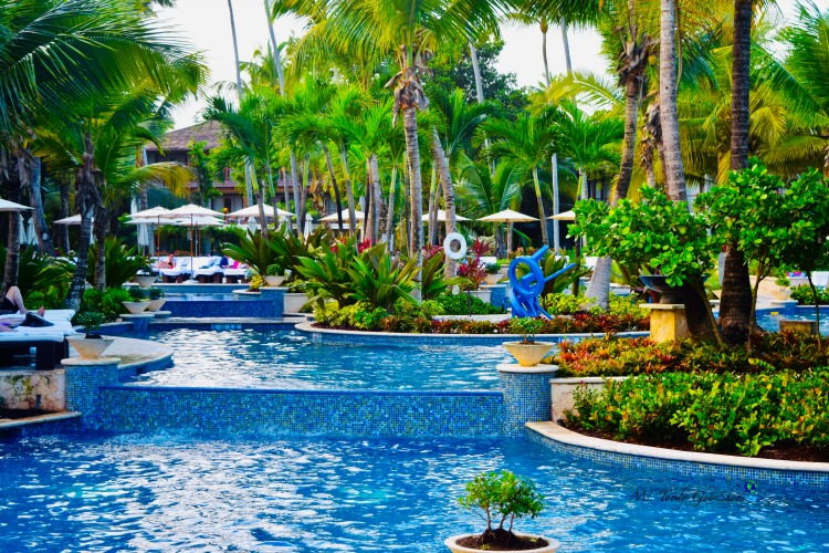 The pool at St. Regis Bahia Beach in Puerto Rico is stunning! | Ms. Toody Goo Shoes