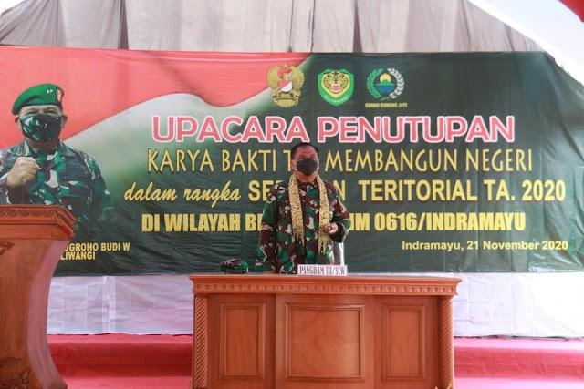 Pangdam III/Slw Tutup Karya Bakti TNI Membangun Negeri TA 2020 di Indramayu