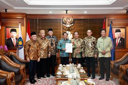 Gubernur Gorontalo Temui Mendagri Perjuangkan 4.608 Tenaga Honorer