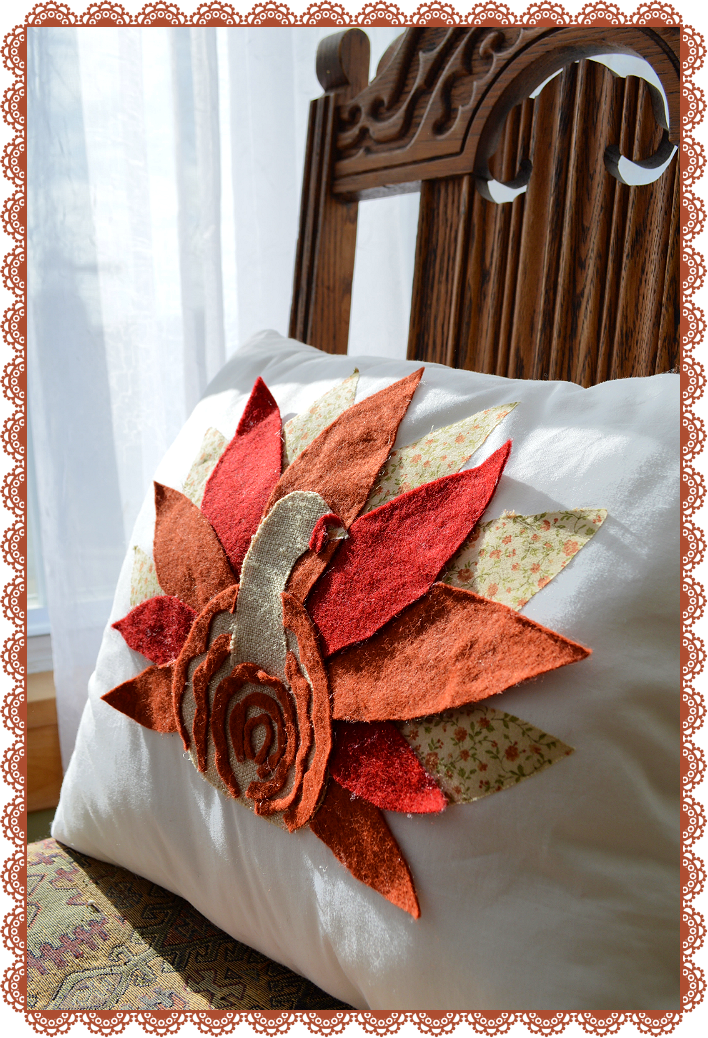 Marvelously Messy  Fabric Thanksgiving Turkey Pillow Tutorial