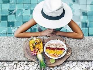swim after eat
