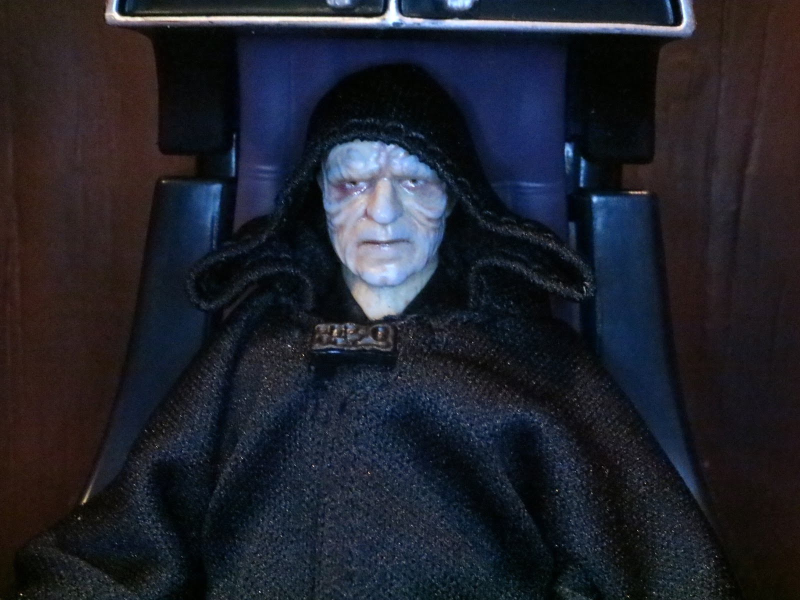 Action Figure Barbecue Road To Rise Of The Skywalker Emperor Palpatine And Throne From Star Wars The Black Series Phase Iii By Hasbro