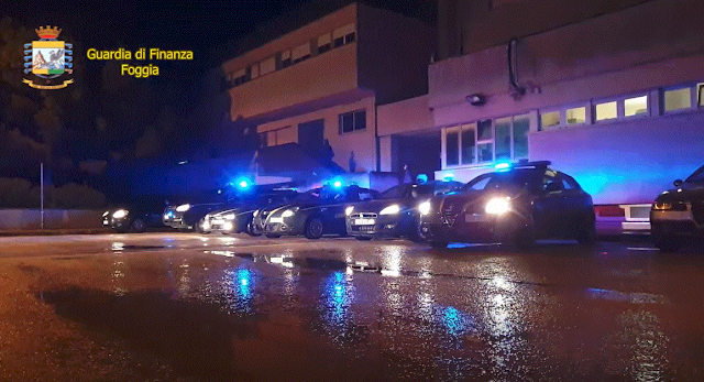 Foggia: la GdF arresta 7 persone per traffico di alcol, sigarette e droga [VIDEO]