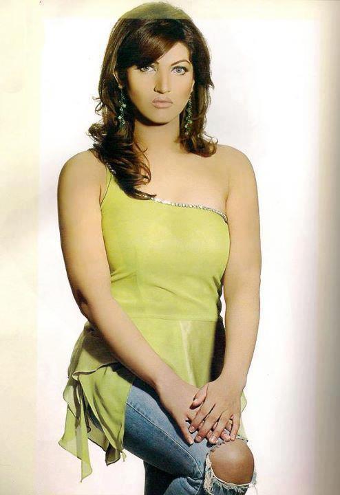 Posted In Pakistani Actress Sana